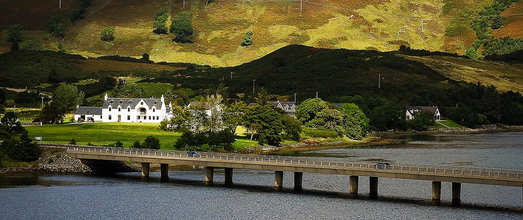 eilean donan apartments location Caught in the sun