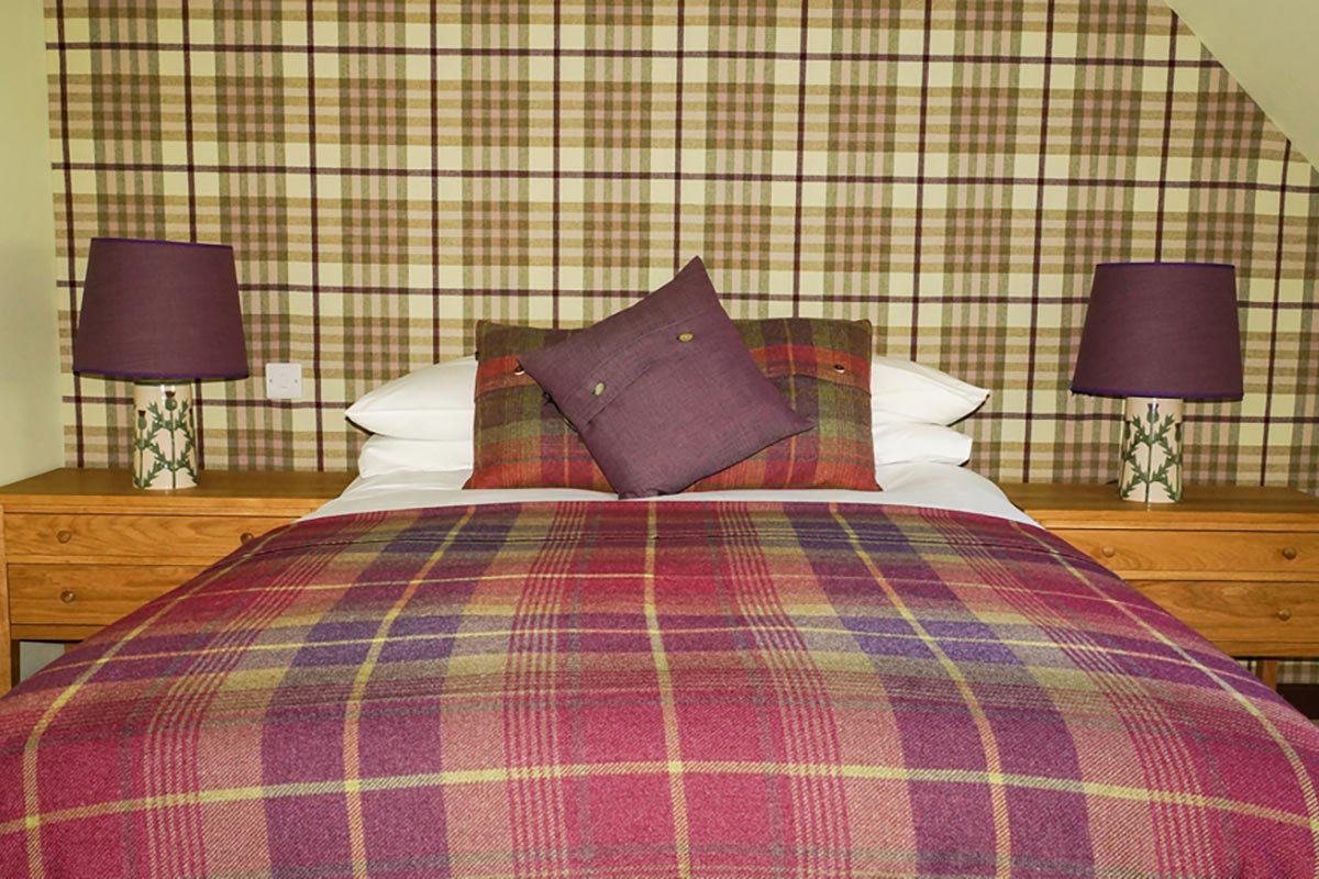Eilean Donan Apartments, sleeps eight, double room