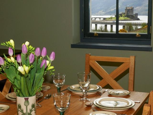 Eilean Donan Apartments, Dining room