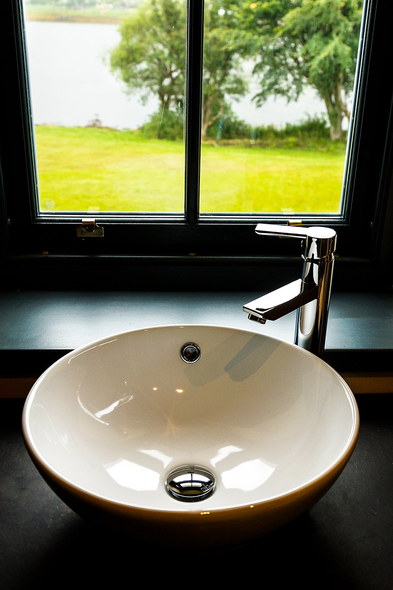 Eilean Donan Apartments, Double sink